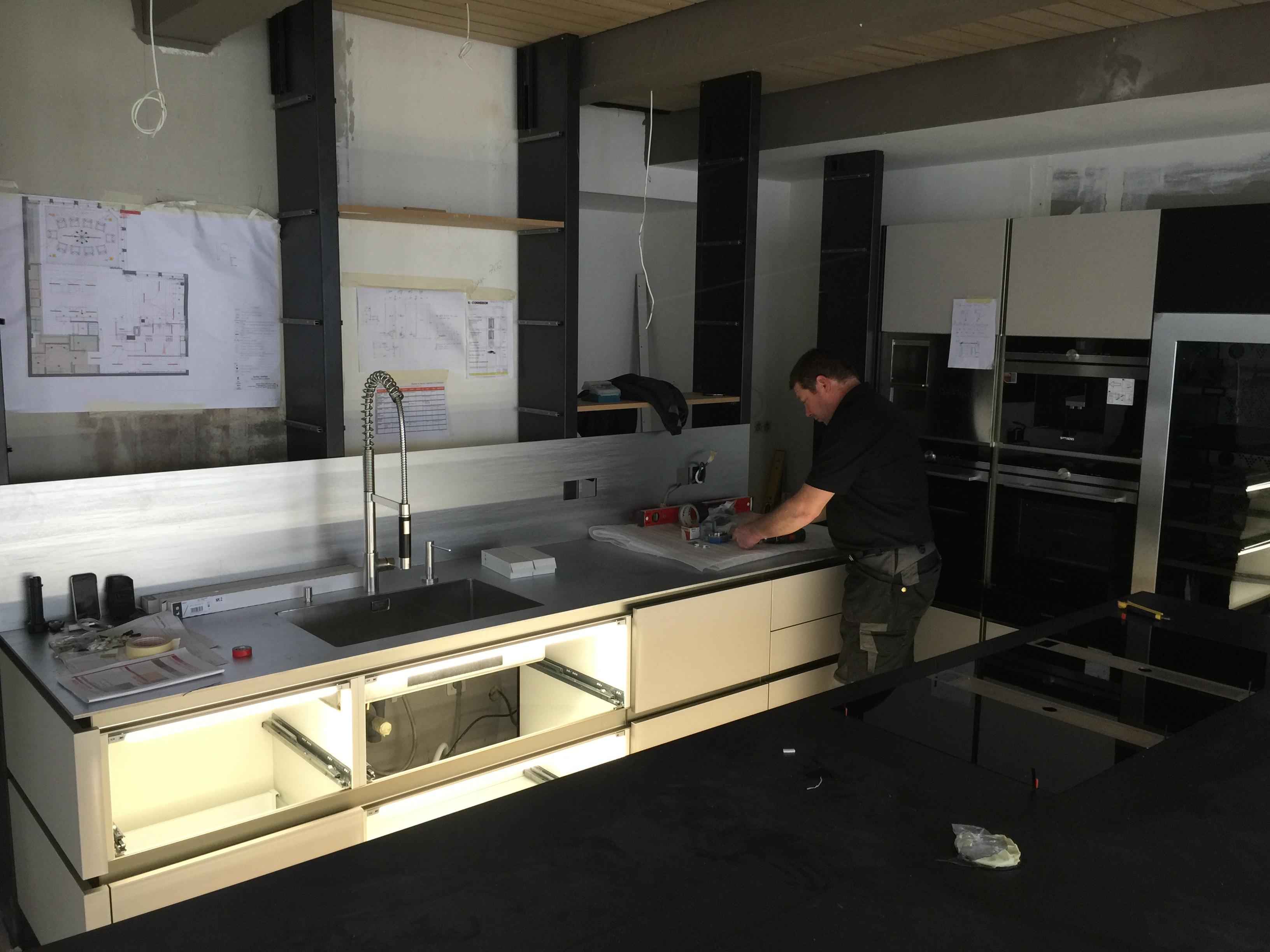 La cuisine de norbert tarayre veneta cucine l for Agencement cuisine yverdon